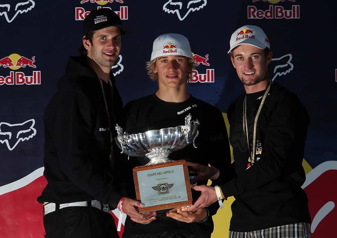 Motocoss of Nations 2010 in Lakewood, Colorado - Marcus Schiffer, Ken Roczen und Max Nagl mit dem Pokal für den dritten Rang