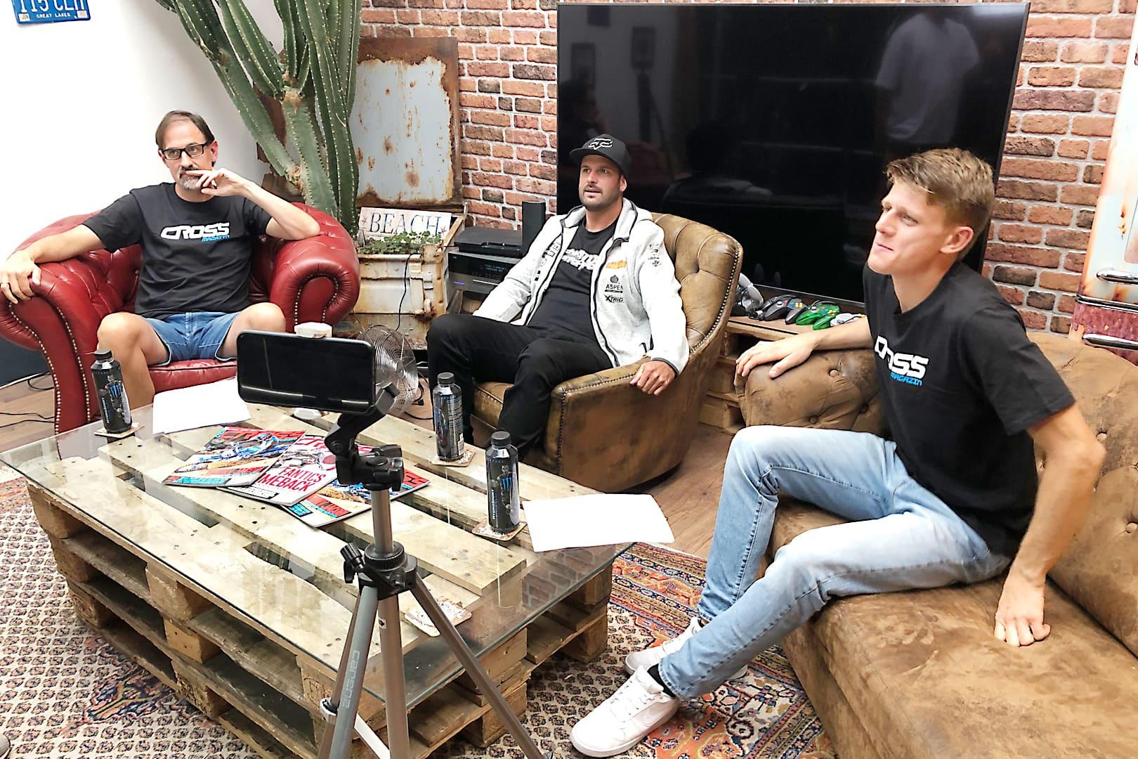 CROSS Magazin, die Studio Show – Episode 1