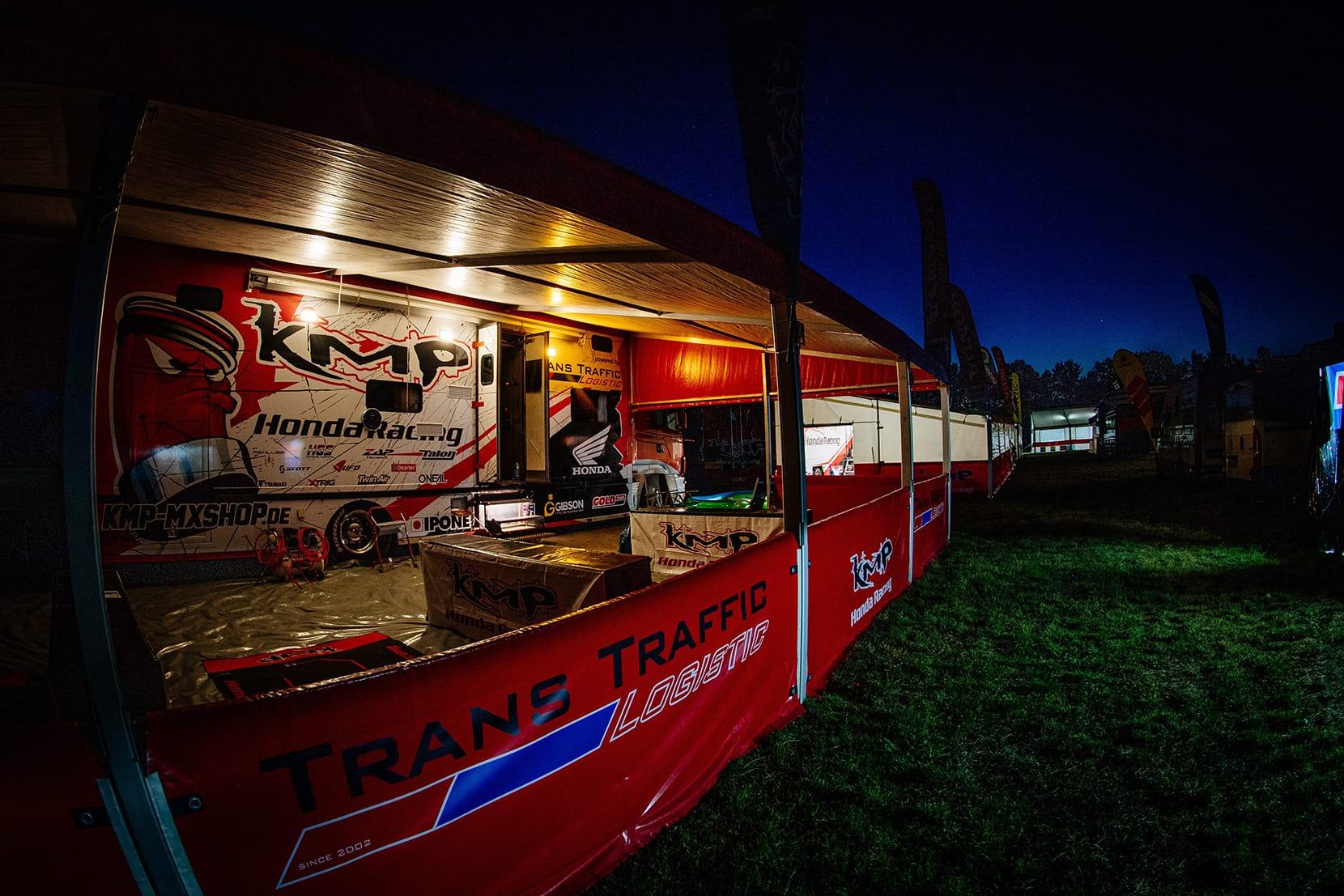 Verstärkung für KMP Honda Racing