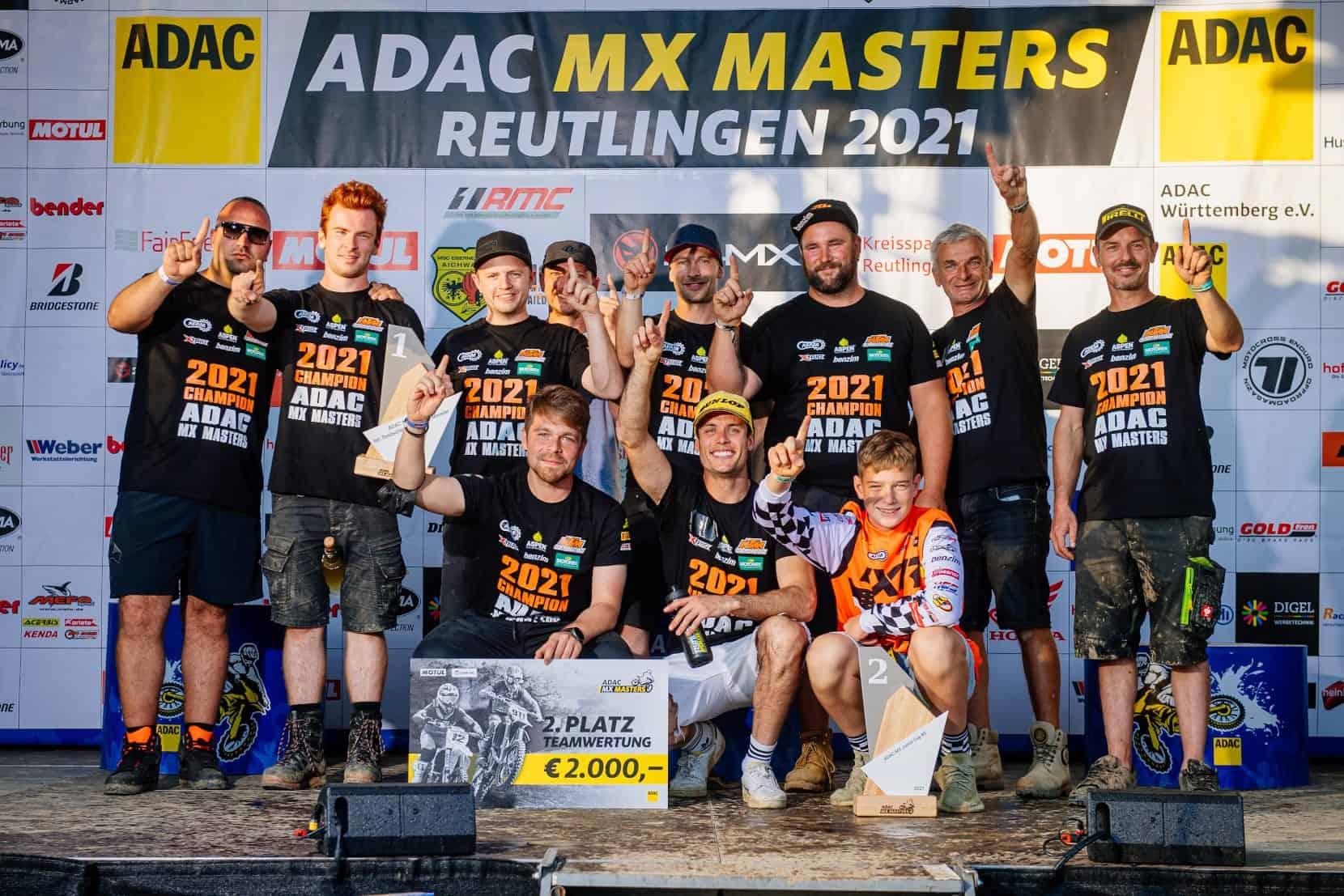 KTM Sarholz Racing Team krönt erfolgreiche Saison