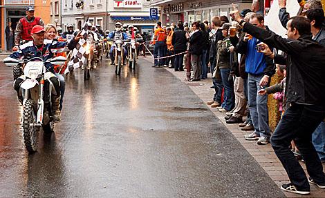 Offroad-Motorradparade in Eisenerz
