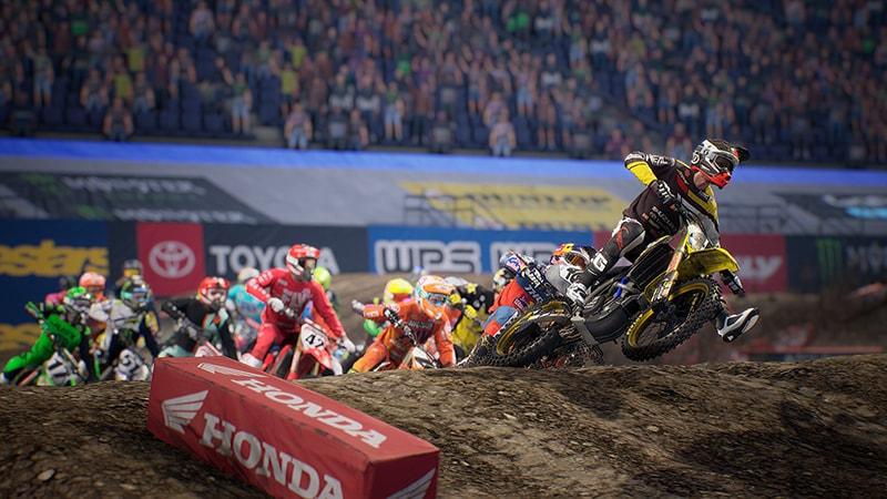 Monster Energy Supercross 3 ist aktuell bei eingefleischten Motocrossern angesagt