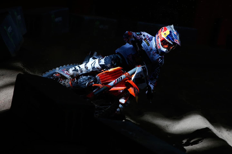 Supercross – Motocross – Supercross?